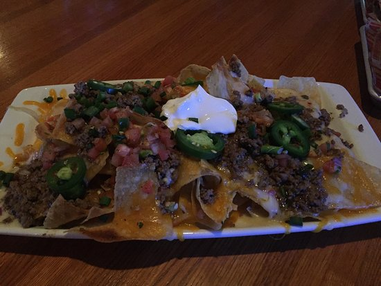 McKinney, เท็กซัส: Beef nachos are pretty good.