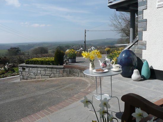 Bratton Fleming, UK: your own private patio