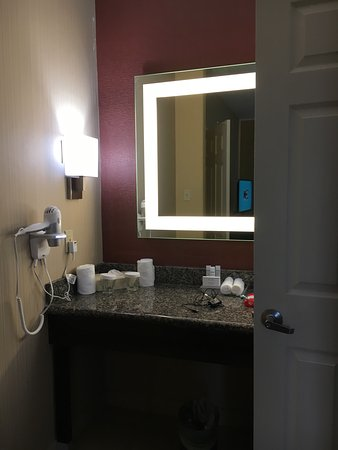 Homewood Suites by Hilton Longview: This is the two bedroom king suite. You walk in the door your looking into the living room. Each
