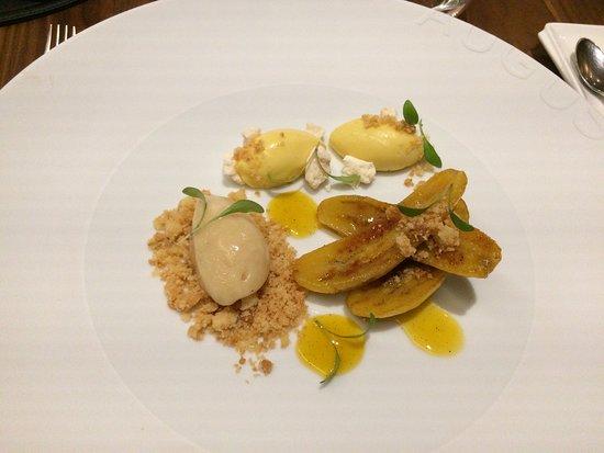 Auguste: Fried bananas