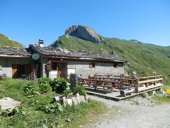 Areches, Fransa: Plan Mya, un havre authentique et convivial à 1850m d'altitude. Gîte de randonnée et restaurant,