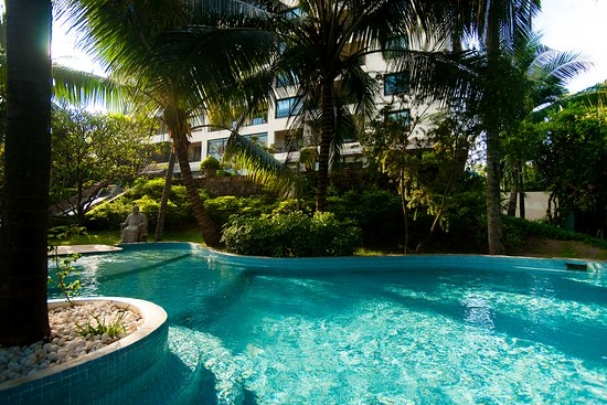 Saigon Domaine Luxury Residences: Chidlren pool