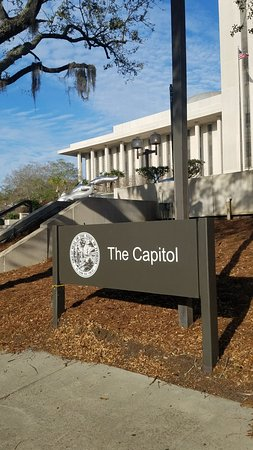 New Capitol Building : 20170312_181131_large.jpg