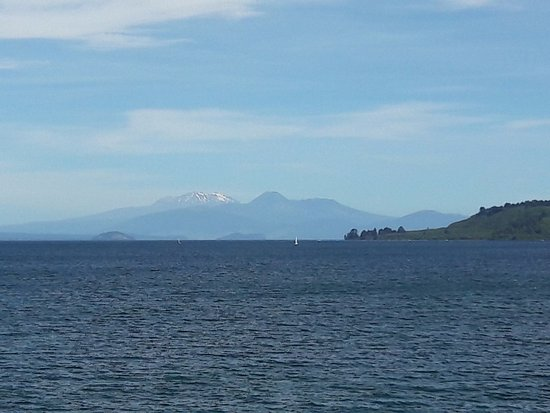 North Island, New Zealand: ทะเลสาบ Taupo