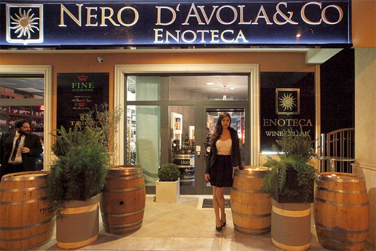 ‪Enoteca Nero D'Avola & Co‬