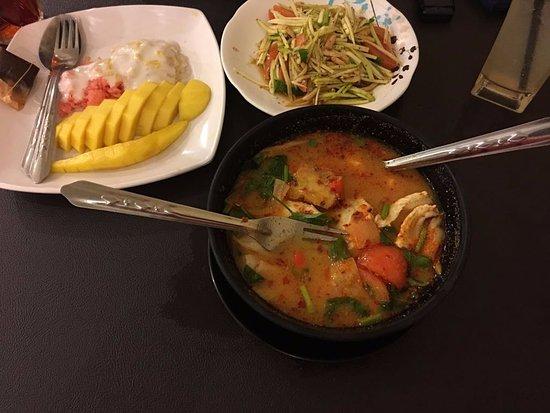 Sara Thai Kitchen