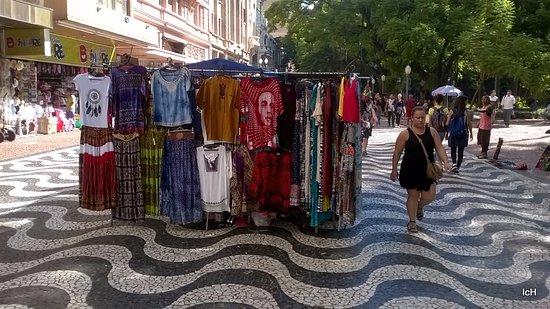 c7b7212ac6f9a Rua da Praia  artesãos - Foto de Rua da Praia Shopping