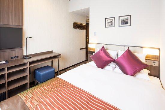 Hotel mystays ueno east for Media room guest bedroom