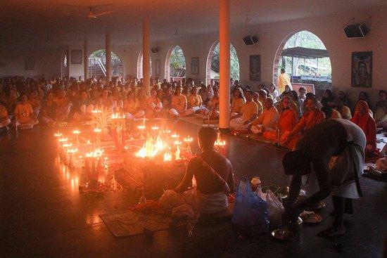 Sivananda Yoga Vedanta Dhanwantari Ashram: Ganpati Homa (Ritual worship)