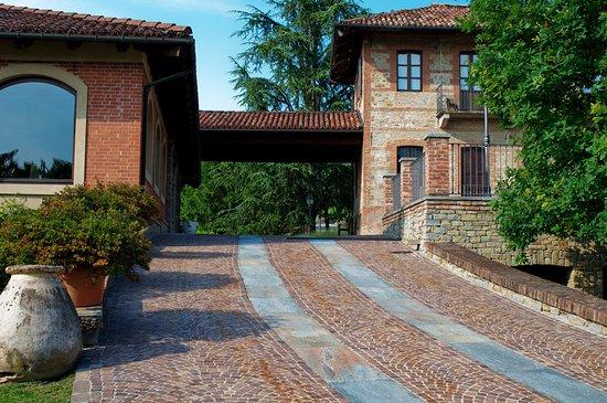Serralunga d'Alba, Italie : Ingresso Tenuta Cucco