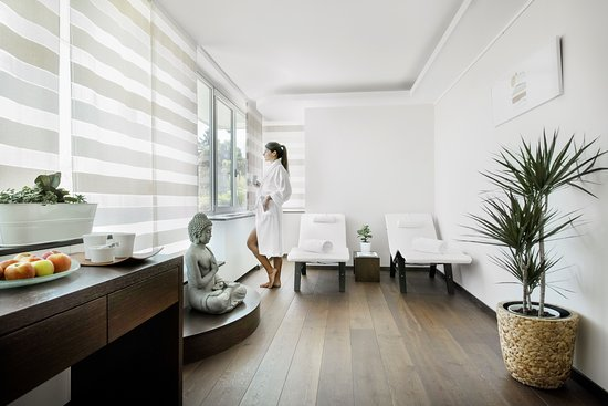 The Spa by Clarins of InterContinental Geneva