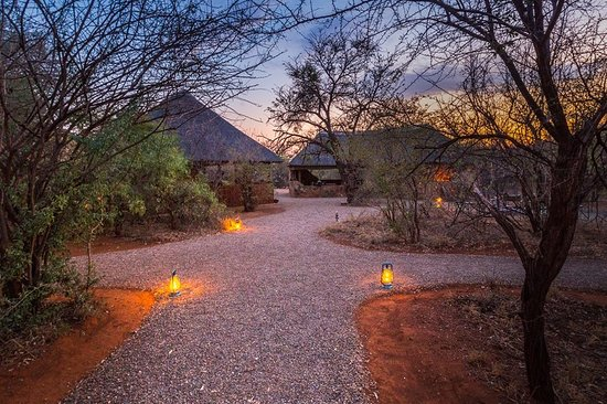 Mosetlha Bush Camp & Eco Lodge: Stunning photo of the lodge by Thomas Frommel