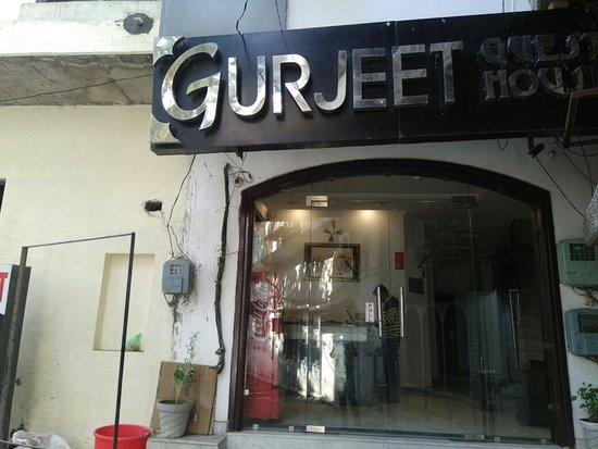 Gurjeet Guest House