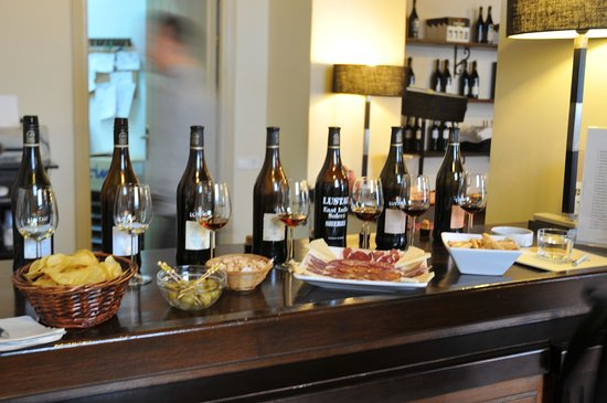 Bodega Lustau: Grundprovning i bodegans bar