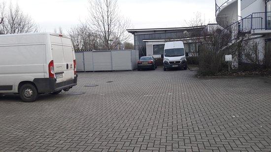 Lohfelden, Deutschland: autre vue du parking
