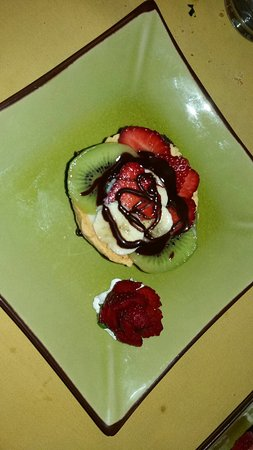 Bettona, อิตาลี: tortino frolla e crema