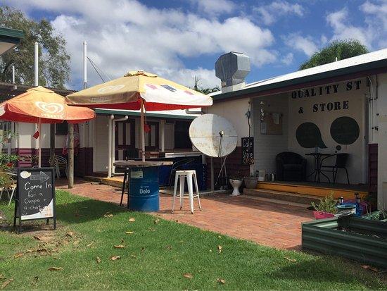Carmila, Australie : Quality Street Cafe & Store