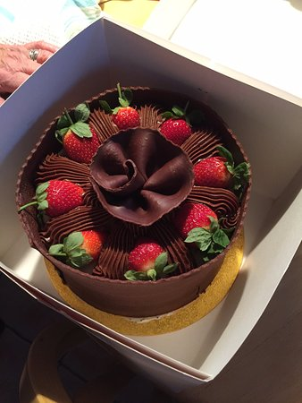 Patisserie Valerie Cheltenham High Street 8 Chocolate Strawberry Banana Gateau