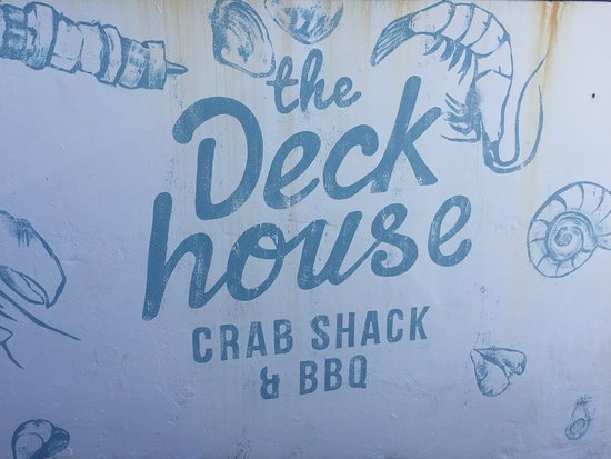 The Deckhouse crab shack: Logo