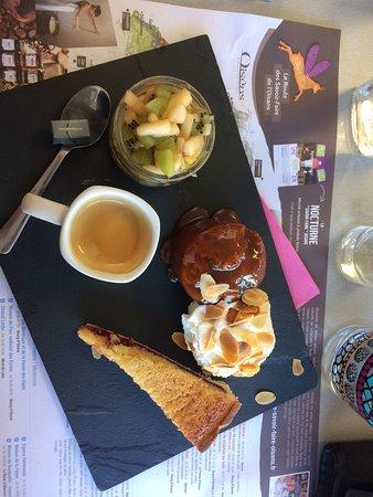 Le Bourg-d'Oisans, France: Café gourmand ! Parfait !!