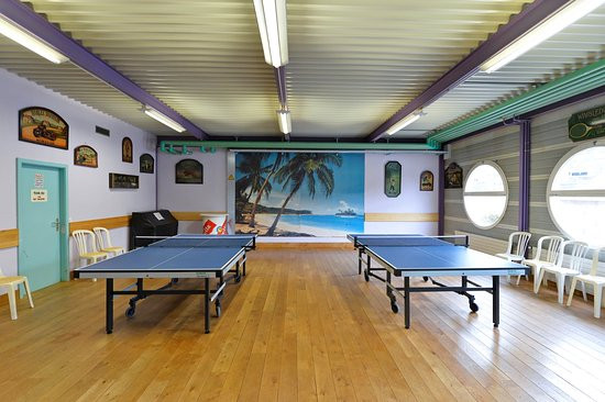 Salle de ping-pong - Picture of Bowland Lausanne-Vidy, Lausanne ...