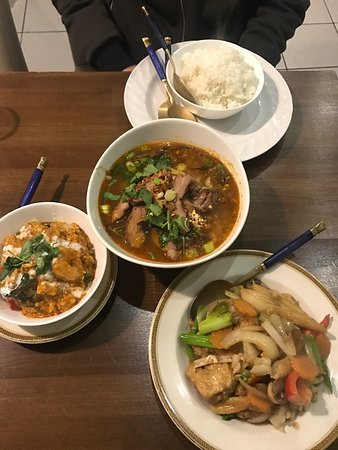 Thailander thai takeaway edinburgh southside holyrood for Asian cuisine lander
