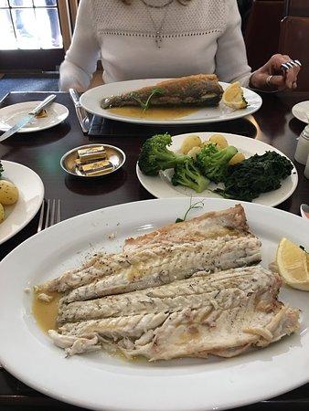 La Taverne Restaurant: photo2.jpg