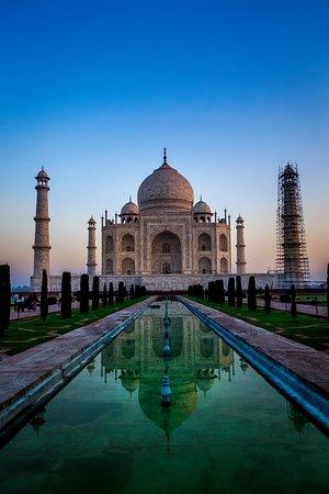 Trinetra Tours: Taj Mahal