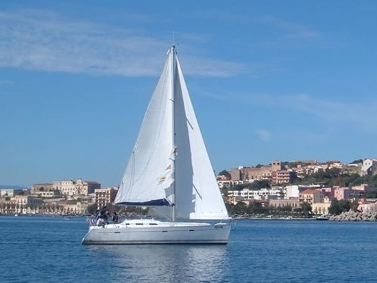 Il Miglio Blue: Sailboats are available for charters around Milazzo, Taormina, and the Aeolian and Aegadian Isla