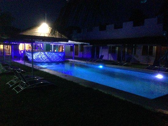 Chintheche, Malawi: Fancy a night swim anyone?