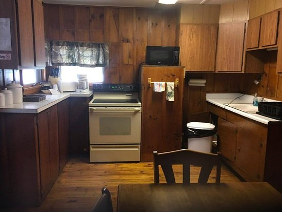 Schroon Lake, NY: kitchen in our cabins