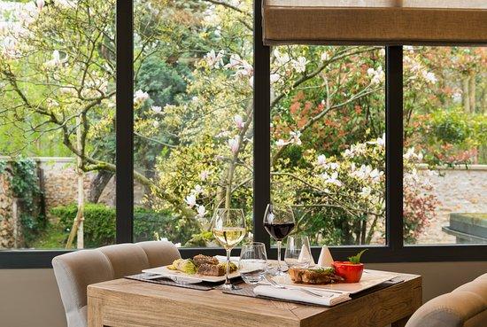 Meudon-la-Foret, Francia: salle restaurant