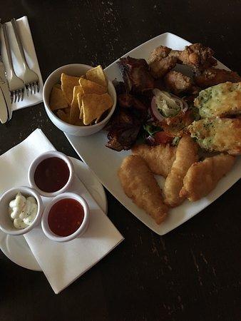 The Washington bar & restaurant : photo1.jpg