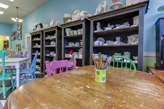 Horsefeathers Pottery Studio