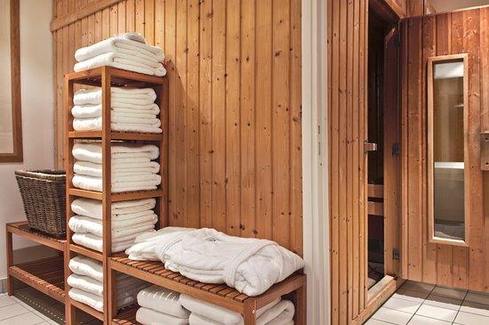 Jouy en Josas, France: Sauna