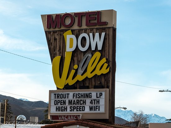 Dow Villa Motel : OK, so part of the sign is out, but look at the background of snow on the mountains. Under $100