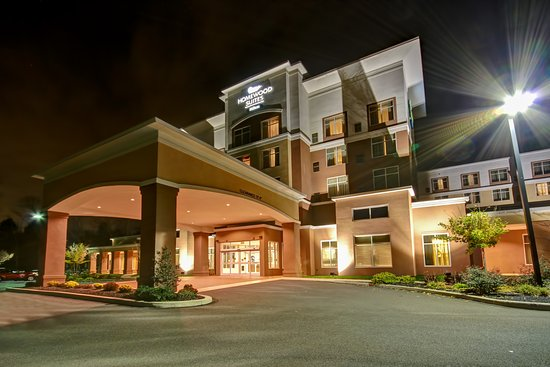 Warrington, PA: Hotel Exterior