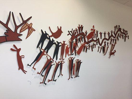Museo de Antropologia e Historia de Baja California Sur: Entryway art
