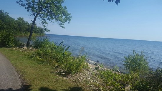 Menominee, MI: Shoreline view at Henes Park