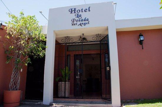 호텔 라 포사다 델 안겔