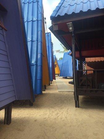 New Hut Bungalows: photo1.jpg