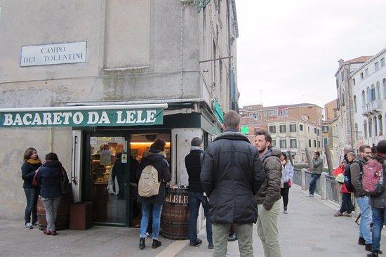 Bacareto Da Lele: просекко 90 евроцентов :)