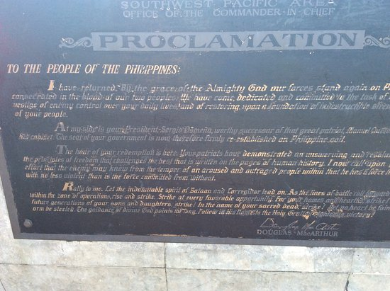 Leyte Island, الفلبين: MacArthurs tal till det filippinska folket vid sin återkomst.