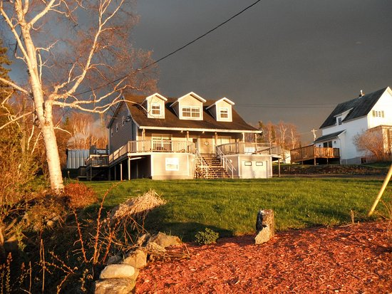Lakeview Inn Photo