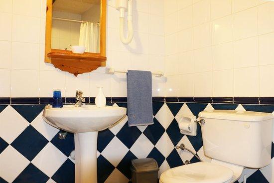 Xaghra, Malta: Bagno camera matrimoniale