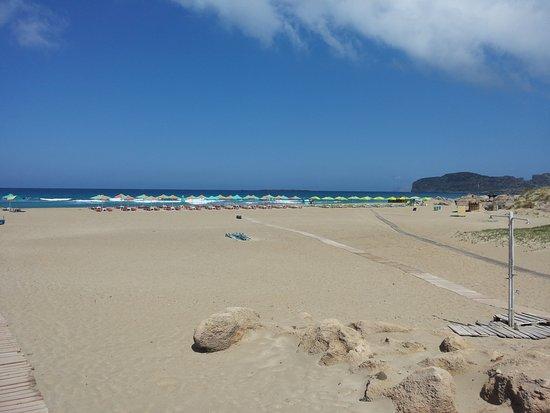Falassarna, Grecia: Gli ombrelloni