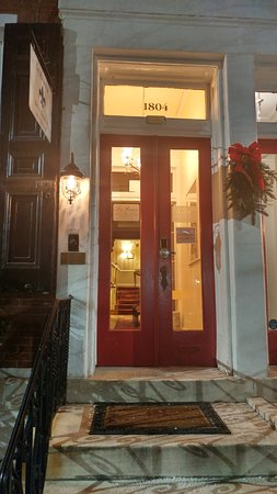 La Reserve Center City Bed and Breakfast: Entrance