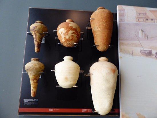 Museo Arqueológico de Bizkaia: Alfarería variada