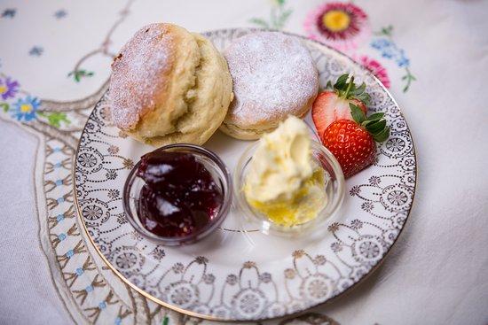 Lutterworth, UK: Ivy's Cream Tea