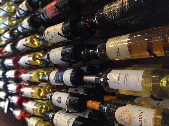 Mount Dora, FL: Wine wine and more wine